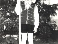 """Vadinimas """"Grybų karas"""" Stasiūnų vaikų darželyje. 1983 m."""