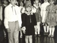 Eilėraščių deklamavimas Stasiūnų vaikų darželyje. 1984 m.