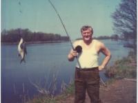 Žvejyba. 1982 m. gegužės mėn. Nemunas