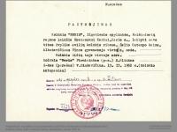 Pažymėjimo nuorašas, kuriuo pažymima, kad Kaziui Brazauskui leidžiama laikyti bites kolūkio ribose, Žalio Ostempo kaime, Kaišiadorių rajone. 1952 m.