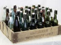 Buteliai su dėže XX a. pr.