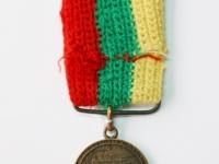 36. Medalis. Vytauto Didžiojo mirties 500-ųjų metinių atminimo. Lietuva. 1930 m. Bronza, Ø 25 mm. Galimai priklausė Nepriklausomybės kovų savanoriui Juozui Lelešiui (1903–1996). Fot. Nijolė Adukonienė (reversas)