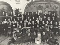 Naujųjų metų sutikimas Kaišiadorių geležinkelio stoties keleivių rūmuose. 1937 m.